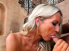 Luxurious mature woman Emma Starr is having nice banging with Kris Slater. The cutie is getting licked, sucking fat throbbing shlong and starting to bounce on it.