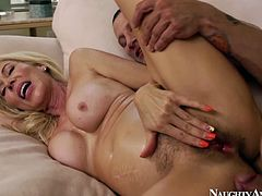 Lascivious blonde hoe with huge experience in porn industry is filming in Naughty America porn video. Watch her getting nailed bad from behind. Really hot sex video.