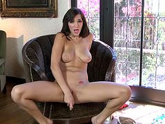 Magnetic brunette temptress Holly Michaels is a hot chick with big tits and astonishing body. This gorgeous brunette knows how to please herself. She toys her lovely twat with her nice dildo until she cums.
