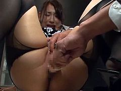 New Secretary Chihara Is Looking To Impress Her Boss So She Gets Fucked With A Vibrator By Him Until She Cums.