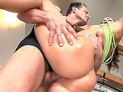Massive dicked George Uhl rams sexy hot brunette Isabella after a warm juicy blowjob in the gym