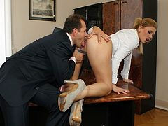 Brooklyn Lee fucking in the office with the boss