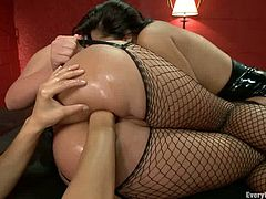 Two babes are sharing that tight pussy of Cassidey! Honeys look so fucking hot in those stockings and, hey, there is some lesbian action to watch!