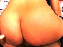 Gorgeous model bombshell Claudia Rossi sucks big dick with real pleasure