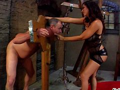 Hot bodied Jay Ashley loves to dominate! Naked man in restraints gets smothered by big breasted mistress before she spreads her buttocks to make him lick her asshole and sweet needy pussy. Watch man get punished in the dungeon.