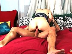 Amateur dark haired wife Pale Zarena Summers with natural boobs and pale skin rides on hie tattooed hubby with rock hard cock to loud orgasm in their bedroom in close up.
