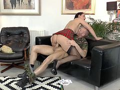 Cum addicted tall British nympho desires to gain dozen of pleasure. Ardent hooker is just a great pro in both sucking and riding a stiff dick. This soldier is surely a lucky bastard cuz he wins a chance to eat the mature juicy pussy of pale bitch with droopy ass.