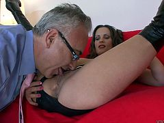 Don't skip this extremely hot Jim Slip sex tube video. Hussy brunette wearing knee latex boots spreads her legs wide to seduce well known fucker like Jim Slip.