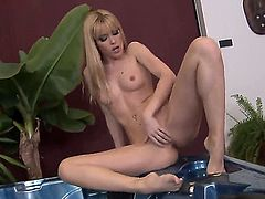 Blonde Sophie Moone rubs her pussy the way she loves it