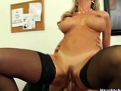 Milf Brandi Love in stockings and heels fucked