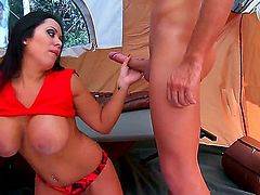 Keiran Lee makes Latina Sienna West with big tits suck his meaty snake non-stop