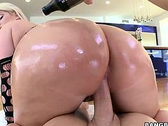 Its really pleasure to see such a perfectly shaped body with a nice ass, big boobs & juicy thighs. She taunts the guy by showing that hot ass & her shaved tight anus. It works on him and he is pushing his male meaty rod right in her pussy deeper and deeper and making her moan with pleasure. Watch her!