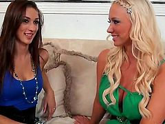 Blonde Molly Cavalli with bubbly bottom and shaved bush satisfies herself in solo action