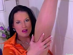 Tainster sex clip provides you with rather hot and pretty brunette. Rapacious nympho in bright orange blouse plays with her boobs. Then ardent wanker sits onto the toilet bowl stretching legs wide. Torrid chick thirsts for pleasure. She pisses and wanna rubs her wet pussy for orgasm.
