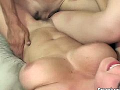 Go for the hottest porn tube video for free. Extremely hot bitch with jaw dropping jugs serves her boyfriend at the highest level. Enjoy her for free.