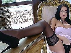 Mia Manarote with shaved beaver strips down to her bare skin to play with herself naked