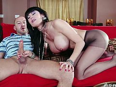 Brunette mom Eva knows how to give a perfect head. She has a pair of huge sweet boobs and a mouth that begs for dick. This Belgian whore sucks cock and then lays on her back, spreads those sexy legs and receives a deep hard pussy fuck. Will she receives a few loads of semen in her vagina? Stick around and find out