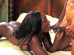 Fascinating Ebony lady Diamond Jackson presents great fuck with her new boyfriend