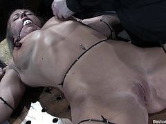 A gorgeous blonde chick gets totally toyed with in this super kinky sex scene of the bdsm kind with nipple torture, check it out!
