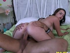 Brown-haired babe sucks a dick and gets her pussy licked in a bedroom. Then this girl gets fucked hard and deep in her smooth pussy.