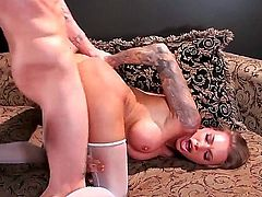 Cody Sky uses his rock solid ram rod to make Latin Juelz Ventura with big melons happy