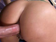 Holly Heart and her hard dicked fuck buddy both enjoy blowjob session