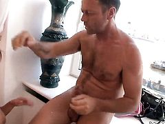Alice Miller makes her anal dreams a come true with hard dicked dudeRocco Siffredi