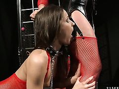 Blonde Kathia Nobili spends time doing it with Ashley