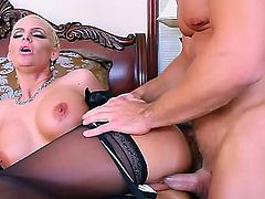 Johnny Castle has licked blonde chick Phoenix Maries ass and hardly fucked it and then got his nasty dick sucked.