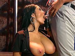 Rocco Reed gets seduced into fucking by Ava Addams with juicy jugs