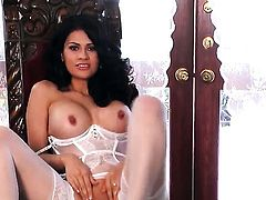 Vanessa Veracruz with big hooters and shaved pussy opens her legs to fuck herself with vibrator