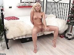Blonde enjoys another masturbation session