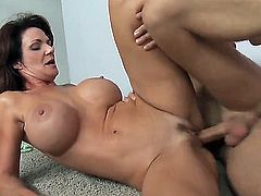 Danny Wylde gets pleasure from fucking Deauxma in her cunt