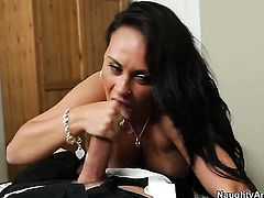 Mariah Milano cant live a day without getting fucked by horny dude Alec Knight