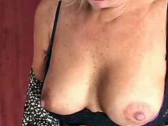 This clip features this Mature Milf Mom Named Debbie Lien and this chabre this Babe got paired with a much younger guy. Debbie lien Starts by exAmining his package with this chabr lips and tthis guyn began tAking off this guyr dress and took hard cock shoving in this chabr bald cooter.