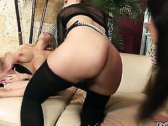 Antonya and Mandy Dee loses control in wild lesbian action