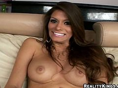 This petite and kinky honey Madelyb Marie is a girl with some passion. She gives her dude some blowjobs before and after penetration. The last one caused a facial cumshot!