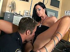 Larissa Dee is too horny to stop sucking her mans sturdy rod