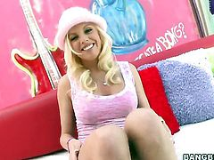 Britney Amber satisfies guys sexual needs in handjob action