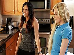 MTS - Bailey Bradshaw And India Summer