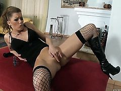 Tarra White does lewd things with Elisa in lesbian action