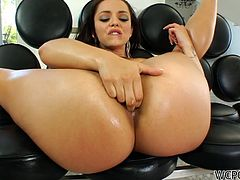 Liza Del Sierra gets fucked from behind and in missionary pose