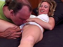 Hairy milf licked pussy