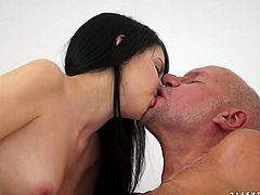 Slender pretty brunette likes pleasing much older men. Appetizing cutie with natural tits is expert in giving a blowjob, rimjob and handjob. Cum addicted pale hottie is surely worth checking out in this impressive 21 Sextury xxx clip.