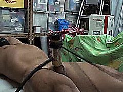 HK strong slave tied and milked