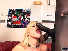 Italian blonde nataly gets a hot anal threesome