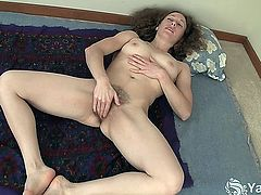 Tall amateur nymphet Nina masturbating her petite snatch on the carpet
