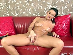 Vanessa Jordin oils her tits up and then uses Hot G Vibe on a dildo to tease her pussy. She squirts with the help of Hot G Vibe only.