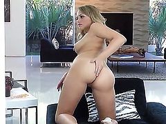 Stunning blonde cutie Mia Malkova moans loudly while banging her hairy muff with a dildo