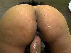 Hot blooded Indian mature opens her mouth wide while giving deepthroat to meaty dick before she rides it in cowgirl style in sizzling hot sex clip by Pornstar.
